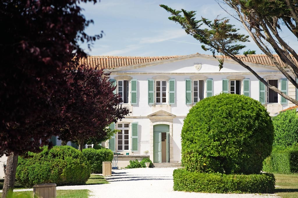 Pierre vacances le palais des gouverneurs ile de r r sidences tourisme saint martin de r - Pierre et vacances ile de re ...