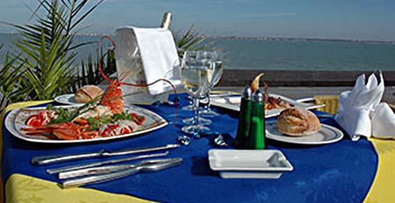 Restaurant L'ALBATROS in Saint-Trojan-les-Bains, …