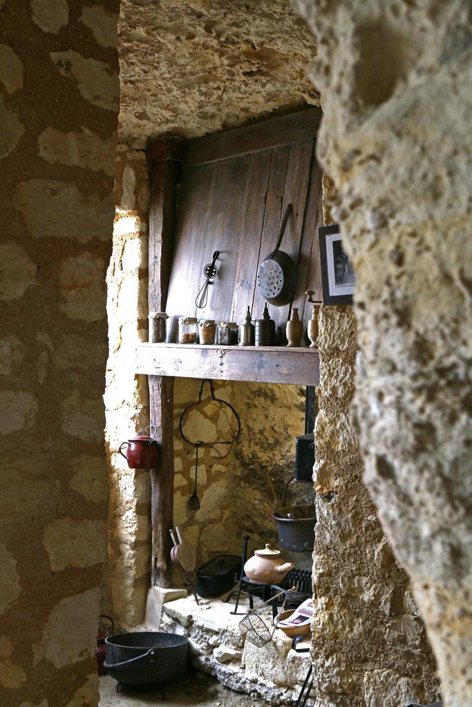 L'intérieur aménagé d'une des cavités